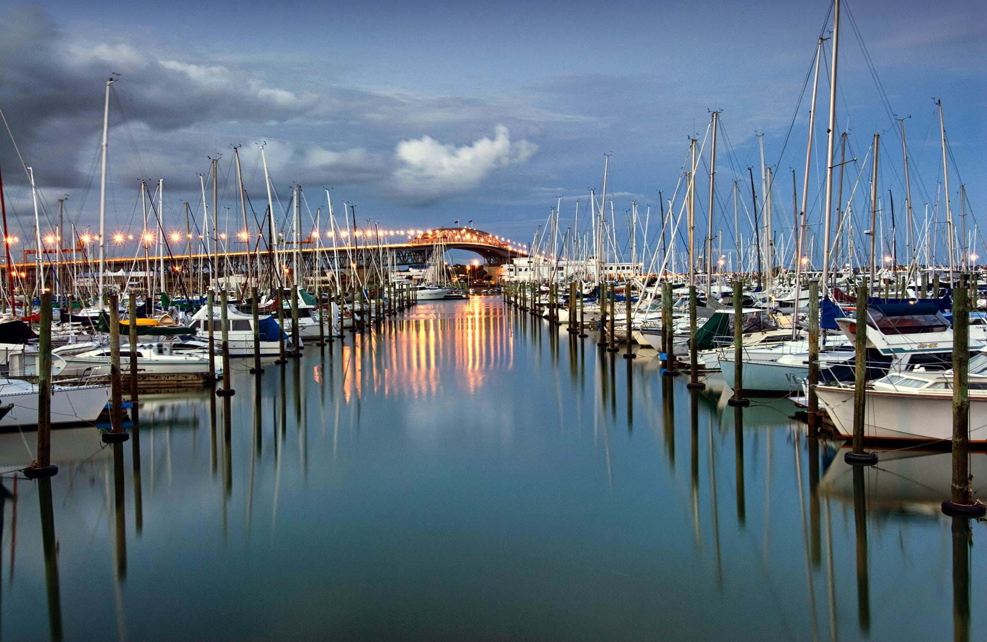 auckland-harbor-bridge-westhaven-marina-cover