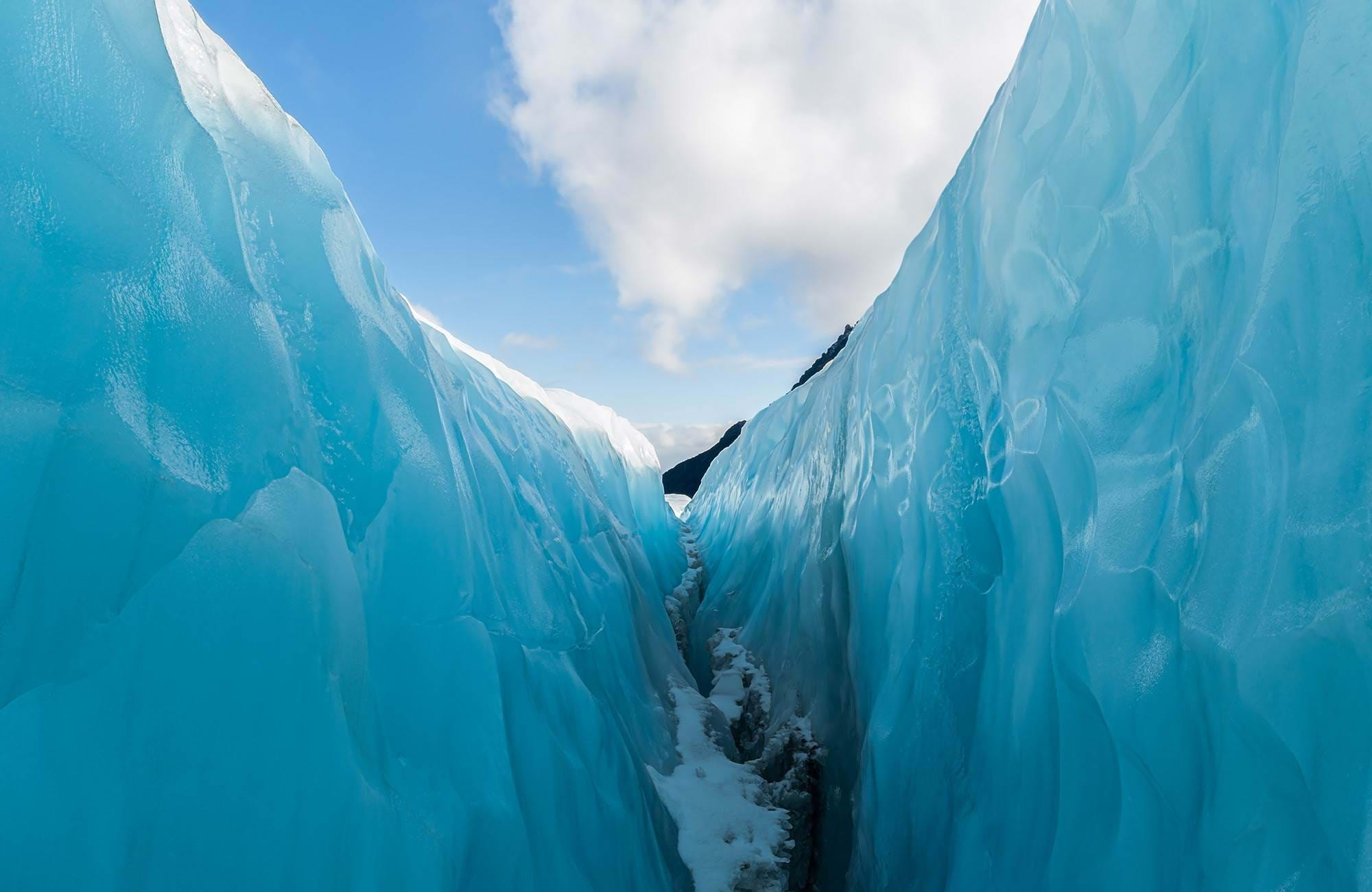 southern-island-new-zealand-fox-glacier-cover