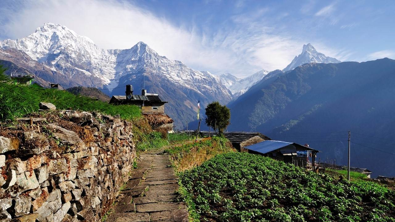 nepal-anna-purna-seen-from-nepalese-village-cover