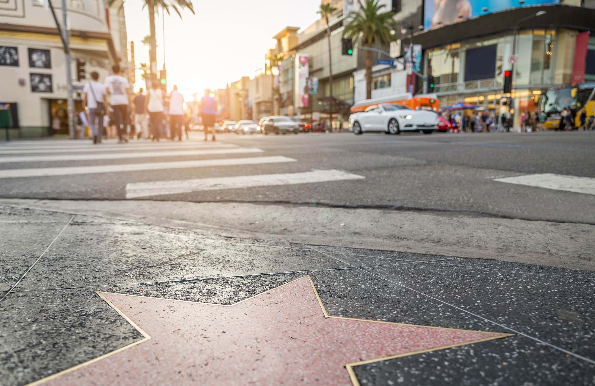 usa-california-los-angeles-hollywood-boulevard-star-close-up
