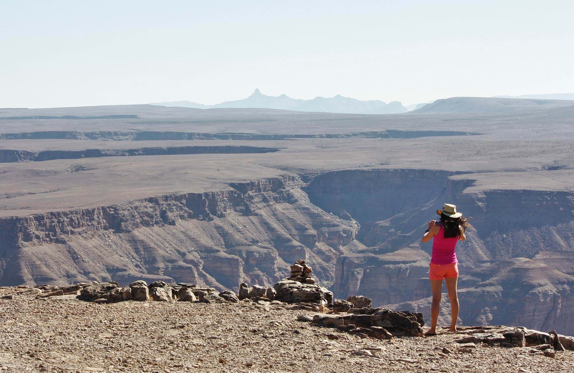 namibia-canyon-lookout-point-femaile-traveller