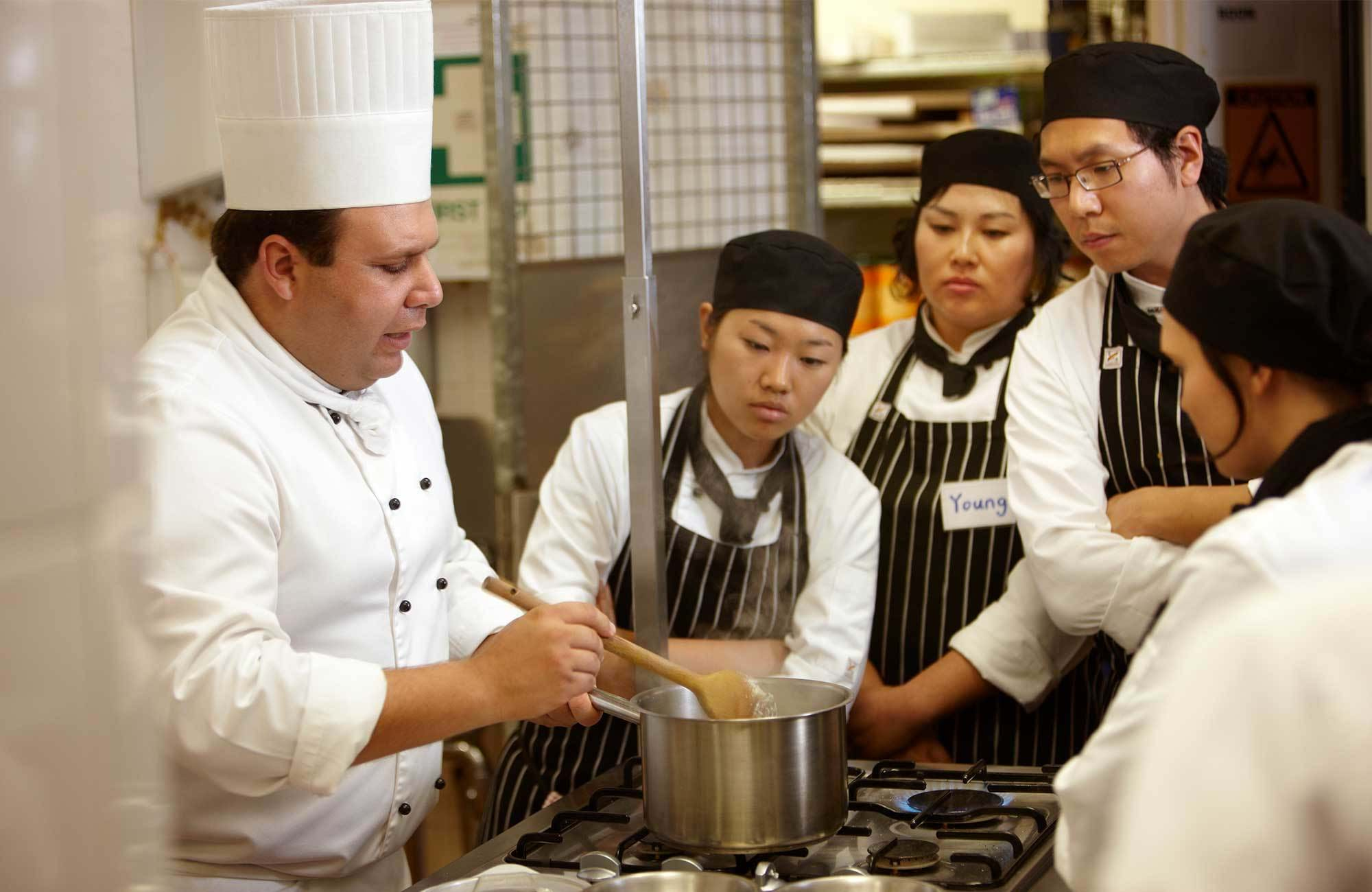 tafe-queensland-cooking-class-cover